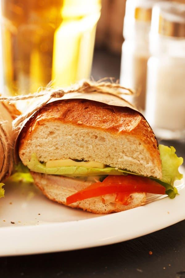 Ny och smaklig smörgås fotografering för bildbyråer