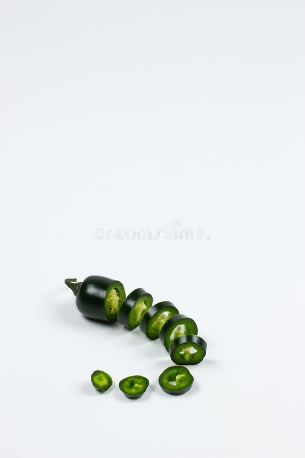 Ny peppar för JalapenoMaxican chili i isolerad bakgrund fotografering för bildbyråer