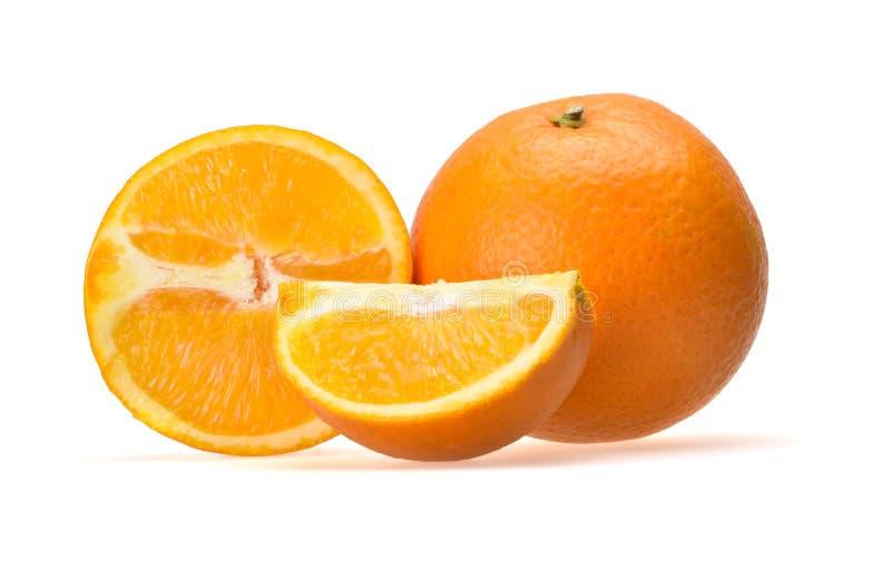 Ny saftig sammansättning av mogna skivade tropiska apelsiner fotografering för bildbyråer