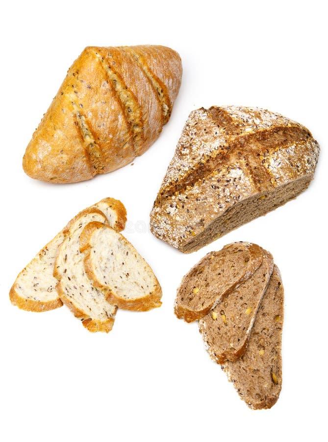 Ny skiva för hemlagat bröd som två isoleras på vit bakgrund royaltyfria bilder