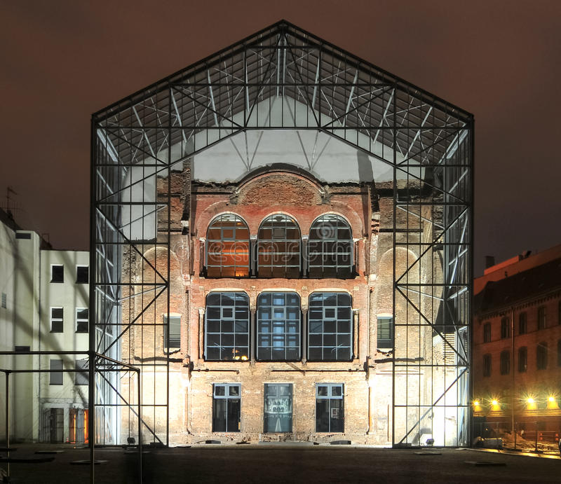 Ny synagogabaksida - Berlin, Tyskland royaltyfria foton