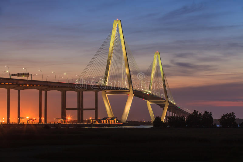 Ny tunnbindare River Bridge, charleston, South Carolina royaltyfri bild