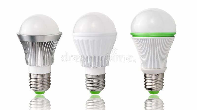 Ny typ av LED kulor, evolution av belysning, energi - besparing och miljöskydd stock illustrationer