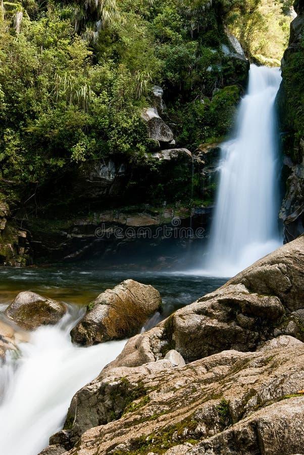 ny vattenfall zealand arkivfoton