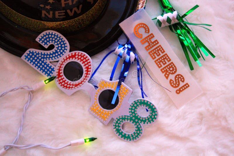 Nya år hatt och exponeringsglas arkivfoto