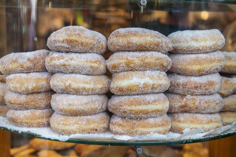 Nya arabiska donuts arkivbild