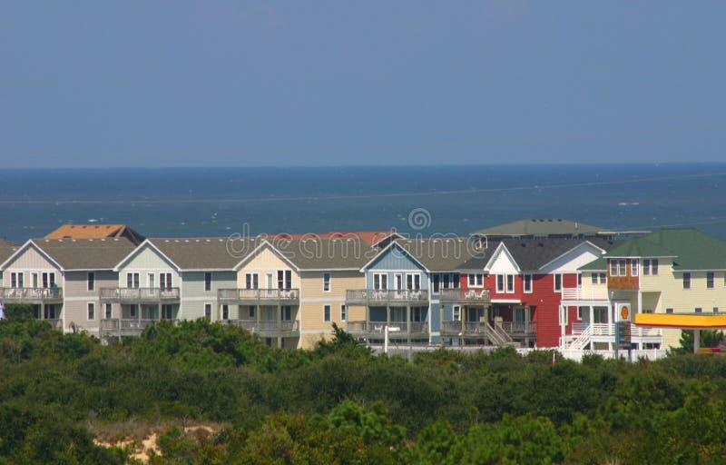 nya färgrika utgångspunkter för strand arkivbilder