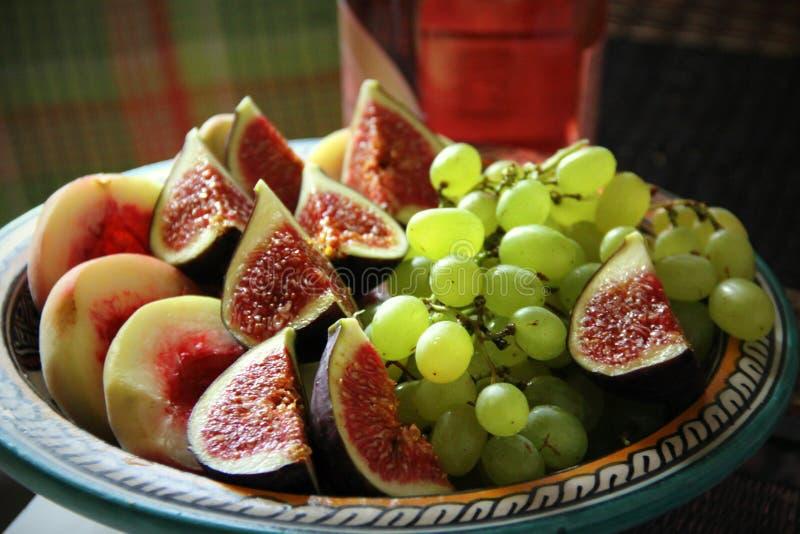 Nya frukter av hösten royaltyfria foton