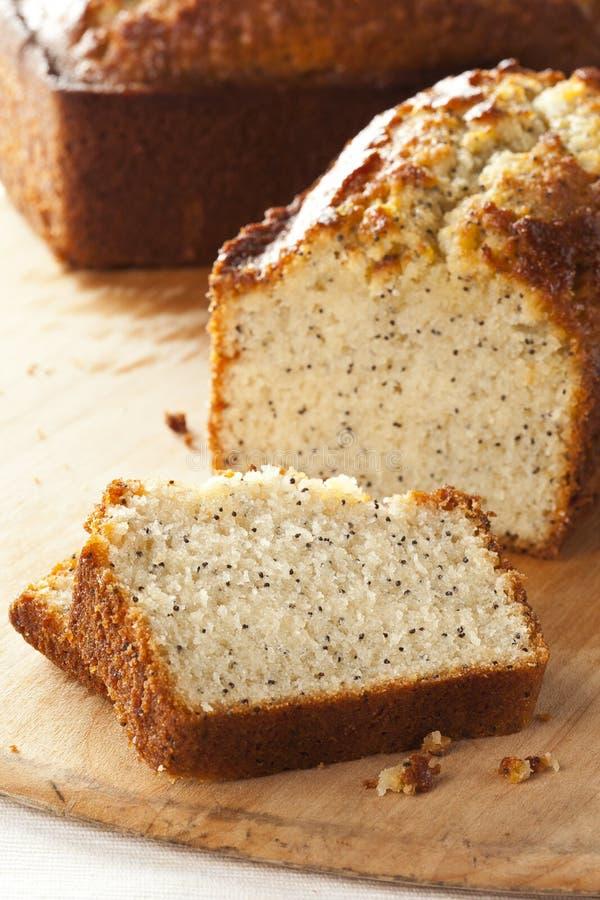Nya hemlagade Poppy Seed Bread arkivbilder