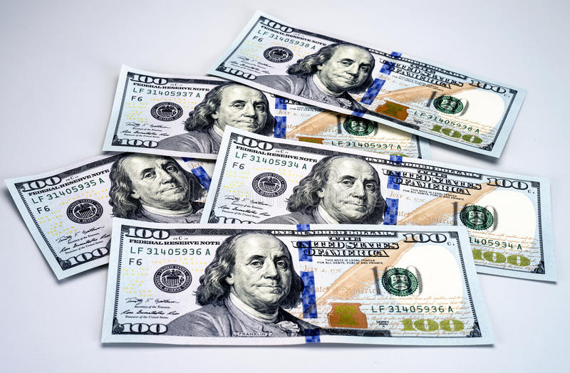 Download Nya 2013 Hundra Dollarräkningar Arkivfoto - Bild av dollar, close: 34654272
