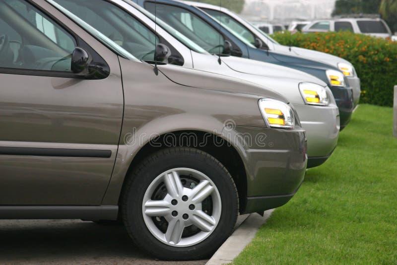 nya lastbilar för bilar arkivfoton