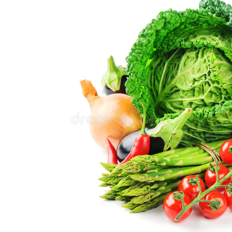 Nya organiska grönsaker royaltyfri bild