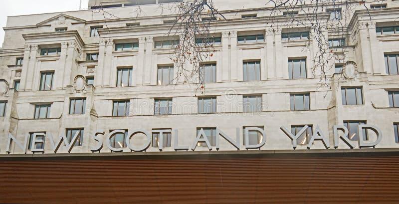 Nya Scotland Yard är HQEN av den storstads- polisen och lokaliseras på Victoria Embankement, London, Januari 2018 fotografering för bildbyråer
