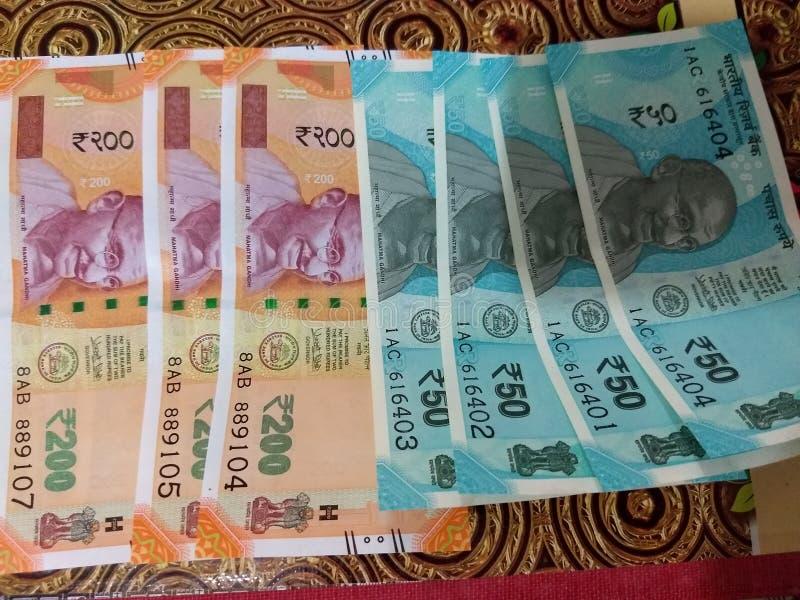 Nya valutaanmärkningar som utfärdas av RBI royaltyfria foton