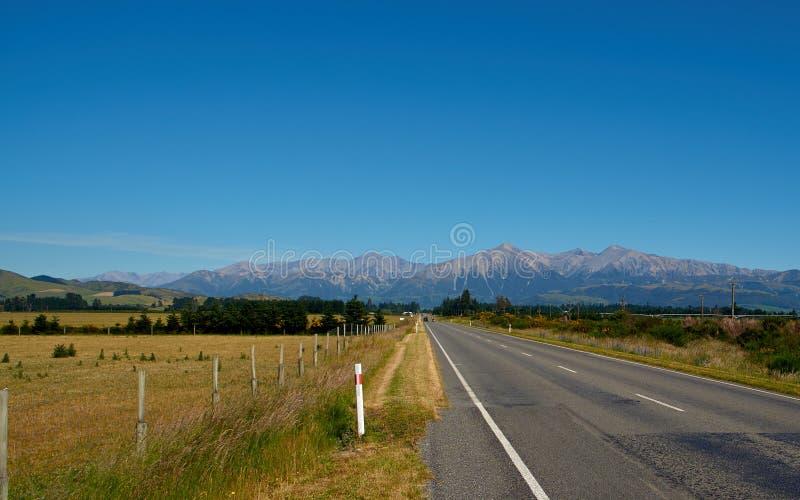 Nyazeeländsk väg royaltyfri bild