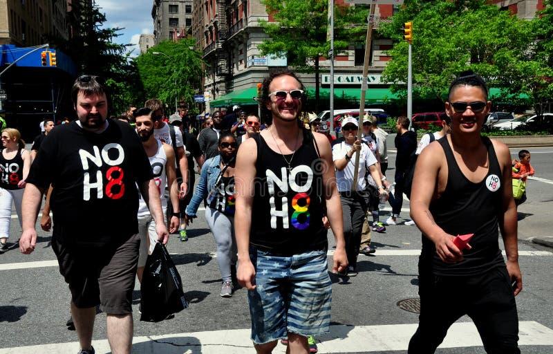 NYC: Περίπατος 2014 του AIDS περιπατητές στοκ εικόνες