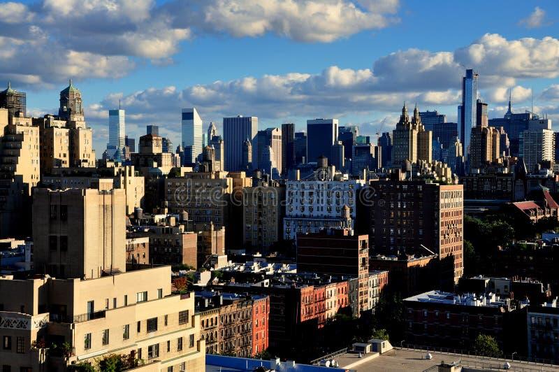 NYC: Верхний горизонт Манхаттана западной стороны и центра города стоковое фото rf