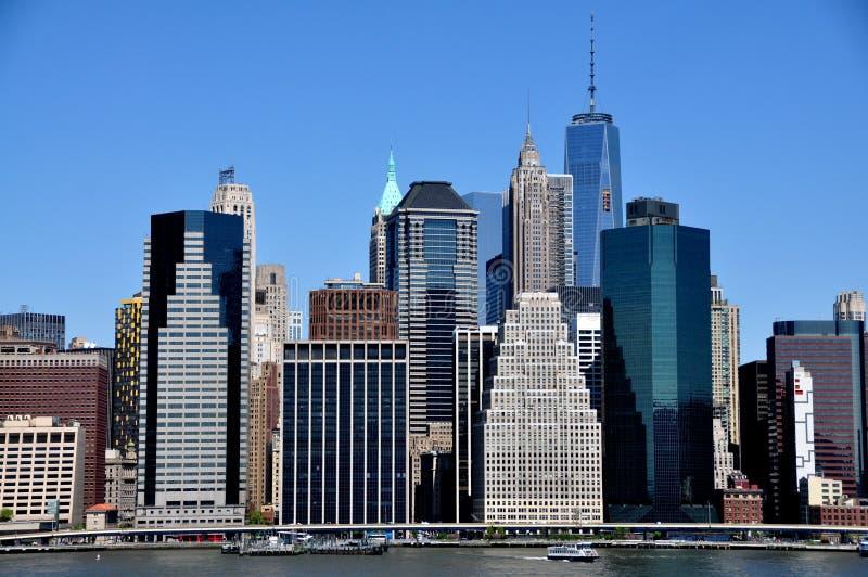 Download NYC: Финансовые башни района Редакционное Стоковое Фото - изображение насчитывающей высоты, финансовохозяйственно: 40586453