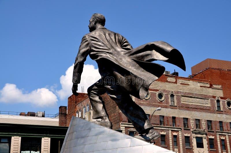 NYC :亚当・卡里顿鲍威尔,小 雕象 图库摄影