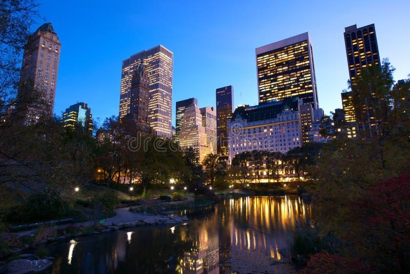 NYC central park przy półmrokiem zdjęcia royalty free