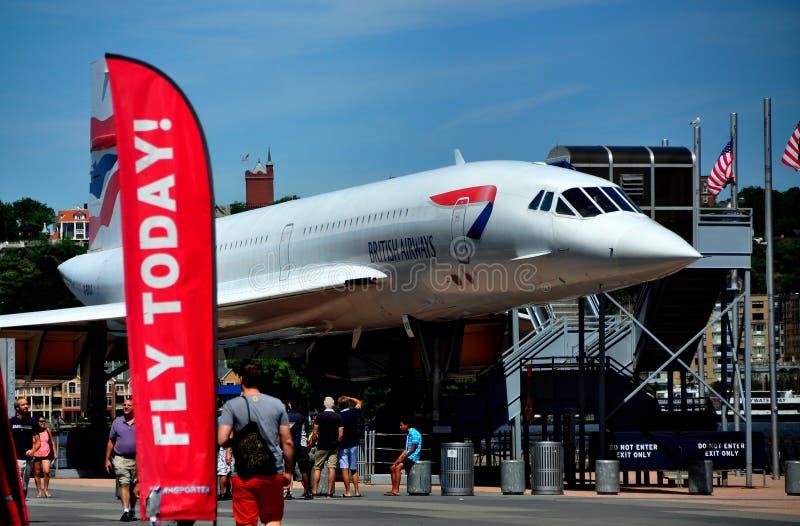 NYC: Concorde Jet bij Onversaagd Museum royalty-vrije stock foto's