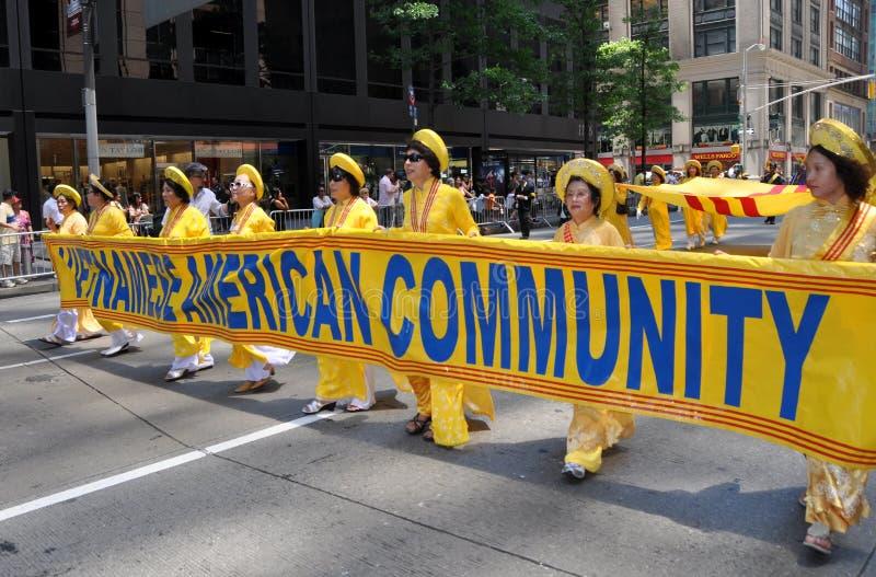 NYC: De internationale Parade van de Stichting van Immigranten royalty-vrije stock afbeelding