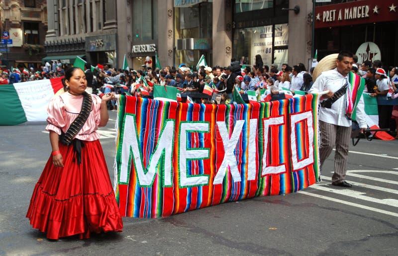 NYC: De Mexicaanse Parade van de Dag van de Onafhankelijkheid stock afbeelding
