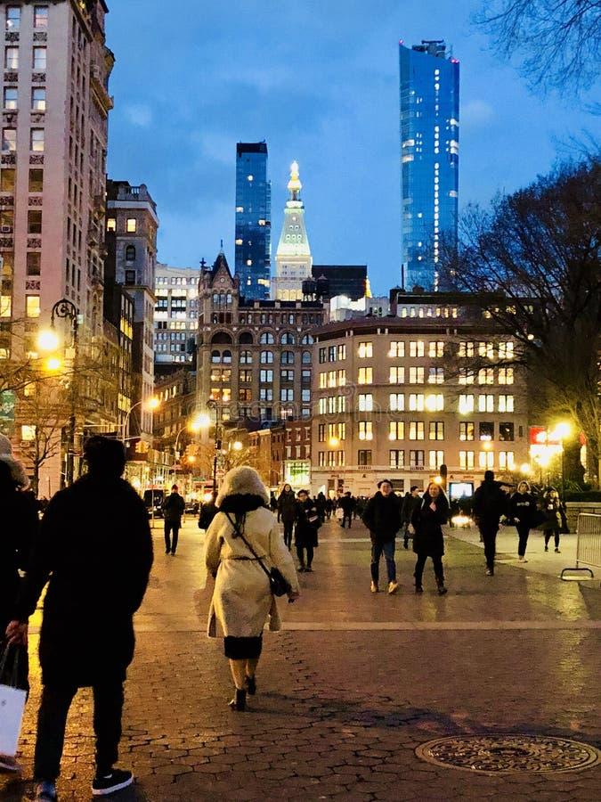 NYC in de Nacht royalty-vrije stock afbeeldingen
