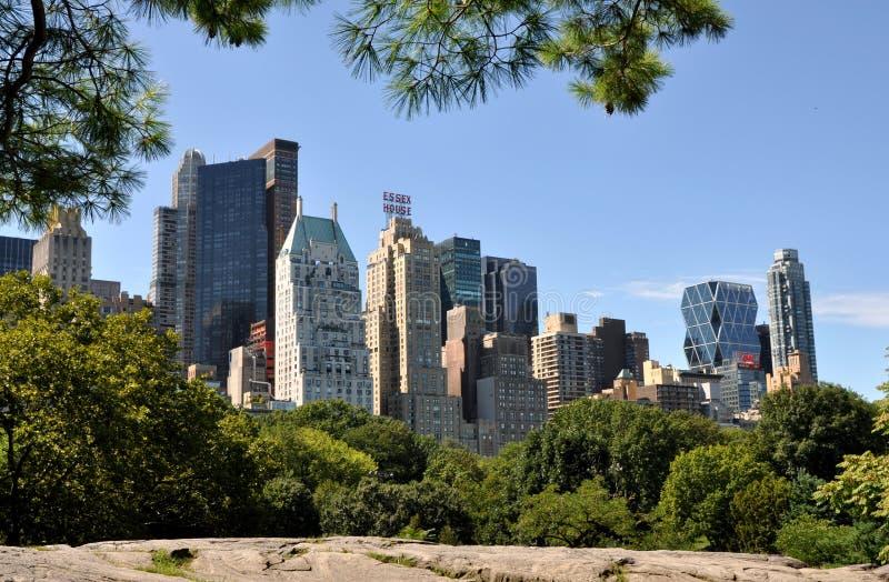 NYC: De uit het stadscentrum Horizon van Manhattan stock foto
