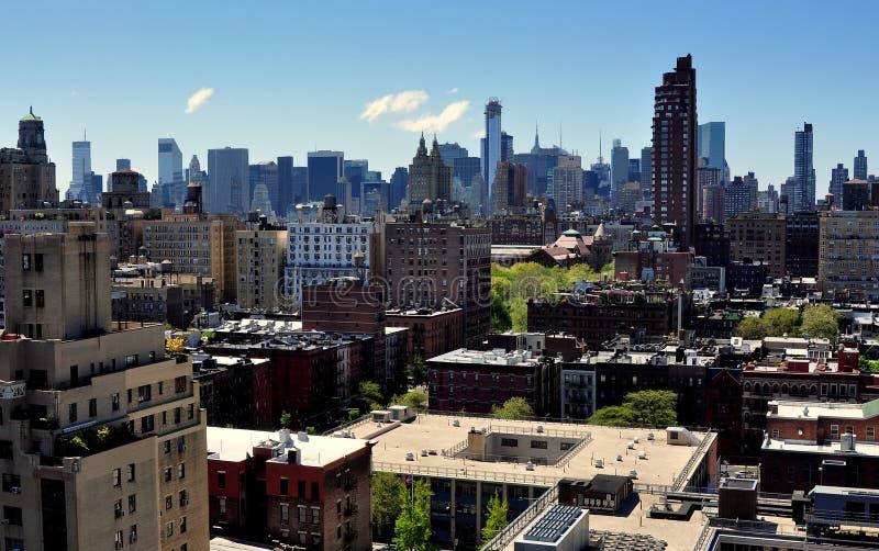 NYC: De uit het stadscentrum Horizon van Manhattan stock afbeeldingen