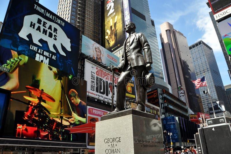 NYC: Estátua de George M. Cohan no Times Square foto de stock royalty free