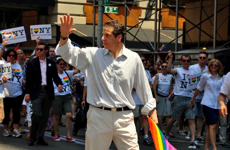 NYC: Gov. Cuomo a 2013 Pride Parade gay immagini stock