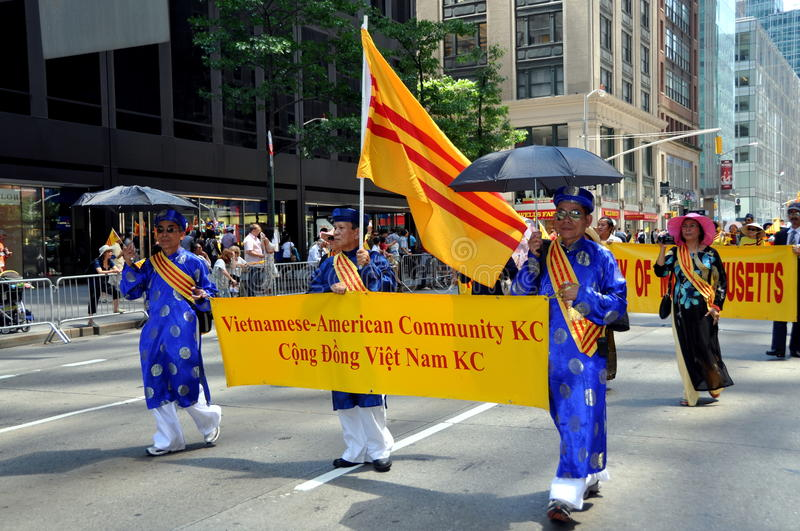 Download NYC: International Immigrants Foundation Parade Editorial Stock Photo - Image: 25408833