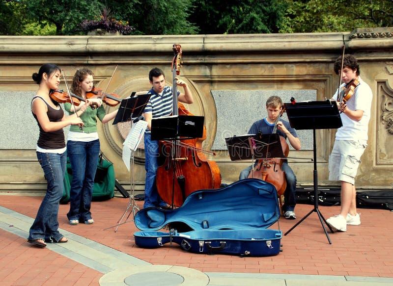 NYC: Músicos em Central Park imagens de stock