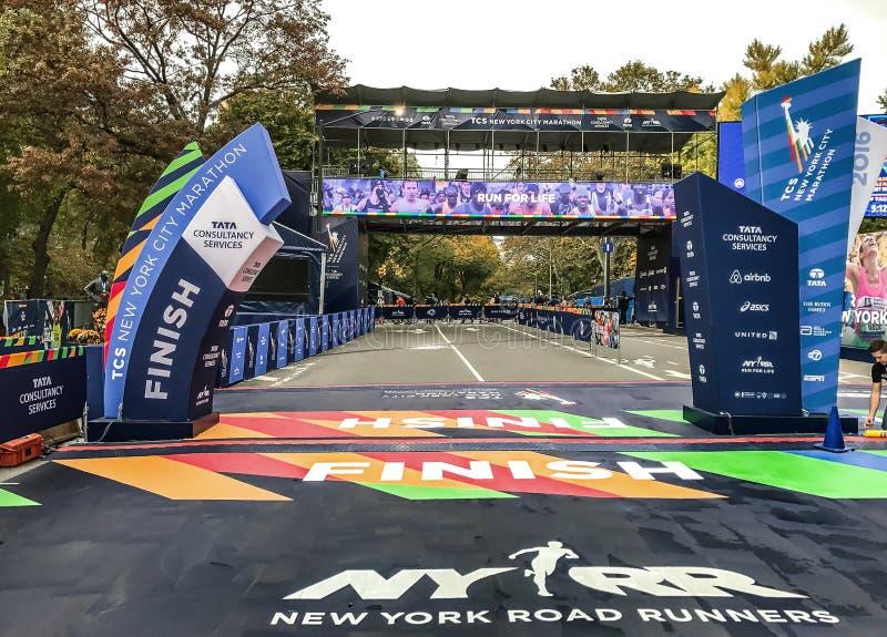 NYC maratonu koniec zdjęcie stock