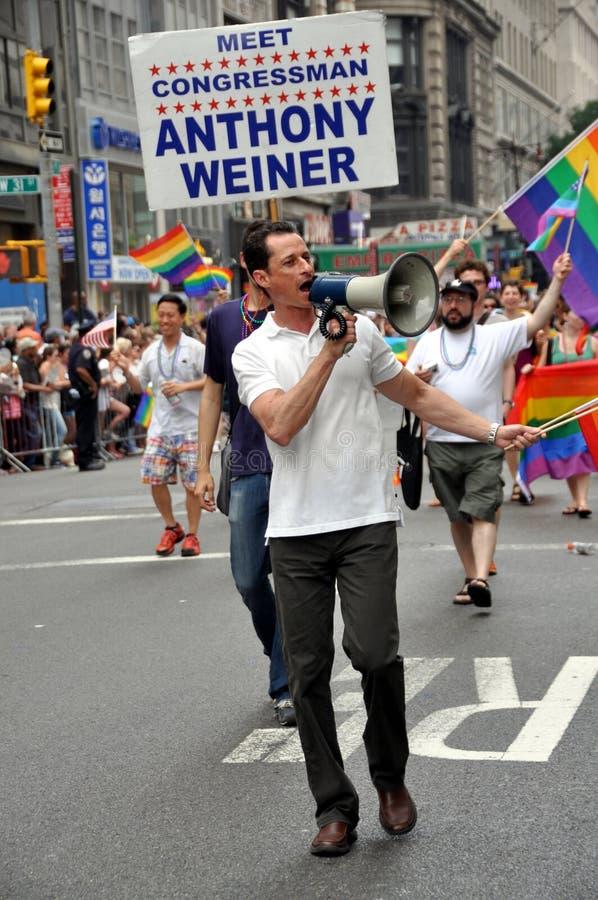 NYC: Parada do orgulho de 2010 homossexual fotos de stock royalty free