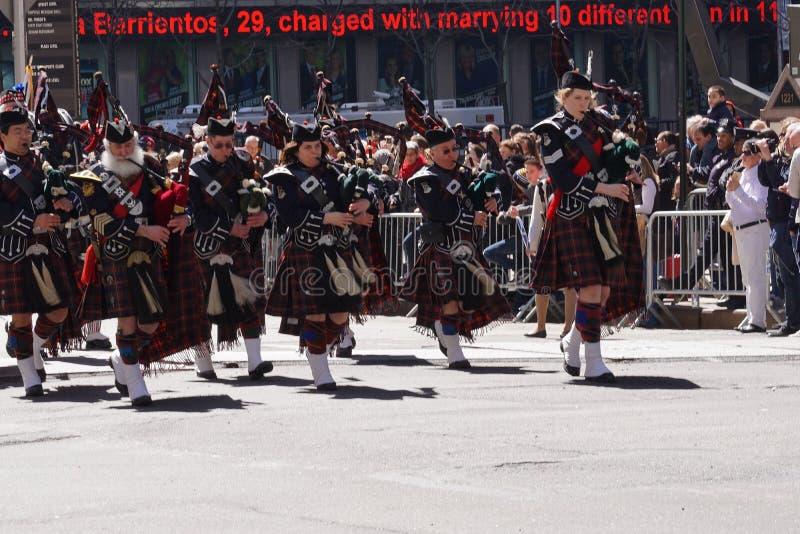2015 NYC Parade 12 van de Geruit Schots wollen stofdag stock foto