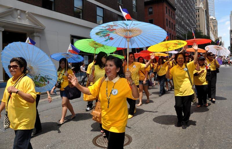 NYC: Parata di festa dell'indipendenza delle Filippine fotografia stock