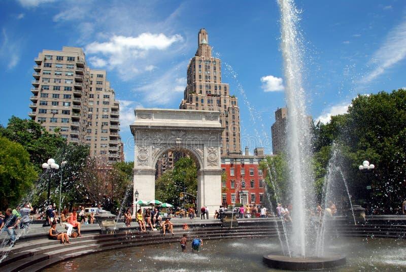 NYC: Parque cuadrado de Washington imágenes de archivo libres de regalías