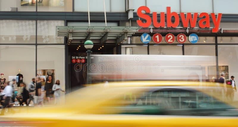 NYC Penn staci Miasto Nowy Jork metra znaka 34th Uliczna godzina szczytu fotografia royalty free