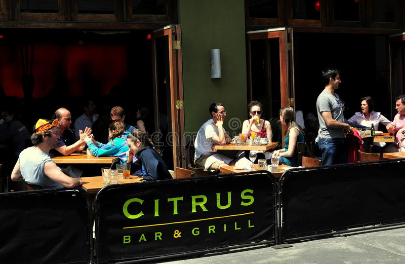 NYC: People Dining Alfresco in Manhattan Restaurant royalty free stock photo