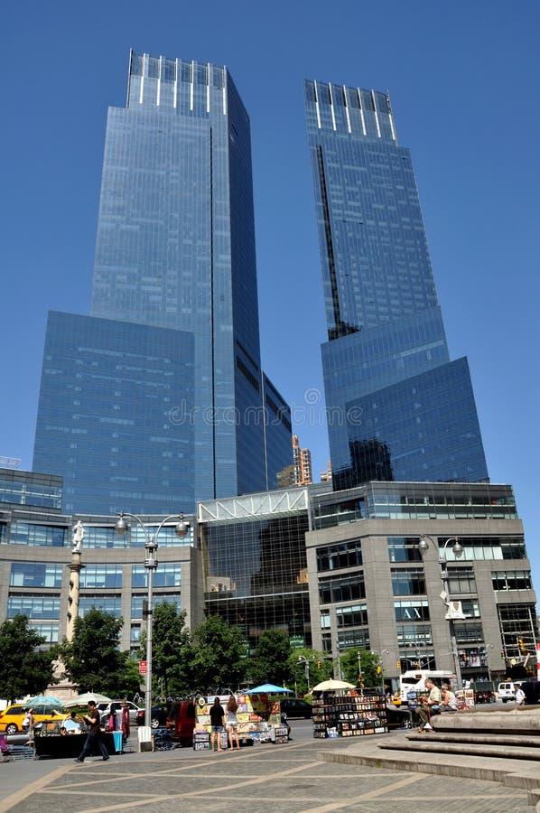 NYC: Torres de Tempo-Warner no círculo de Columbo imagens de stock