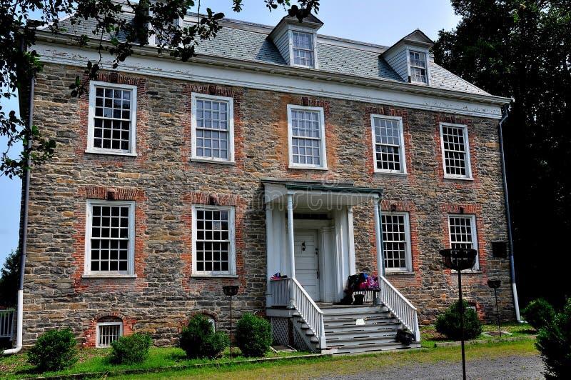 NYC: Van Cordtlandt Manor House 1748 royaltyfria bilder