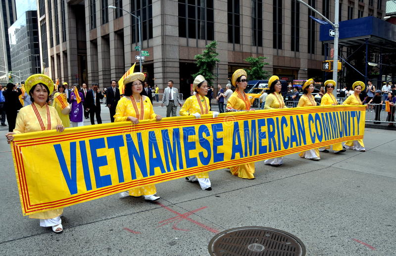 Download NYC; Vietnamese Marchers In Immigrants Parade Editorial Image - Image of marching, vietnamese: 20047530