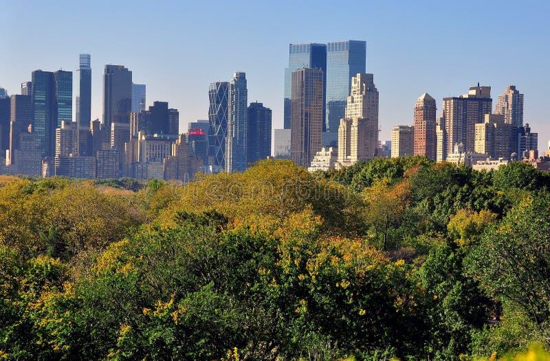 NYC: Vista del horizonte de Manhattan del Central Park foto de archivo libre de regalías