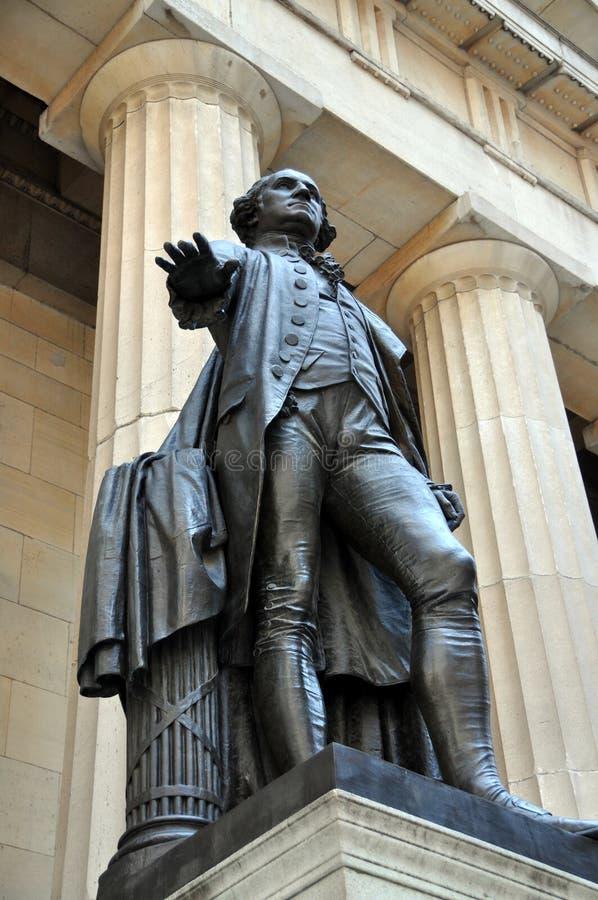 NYC:  Washington Statue at Federal Hall