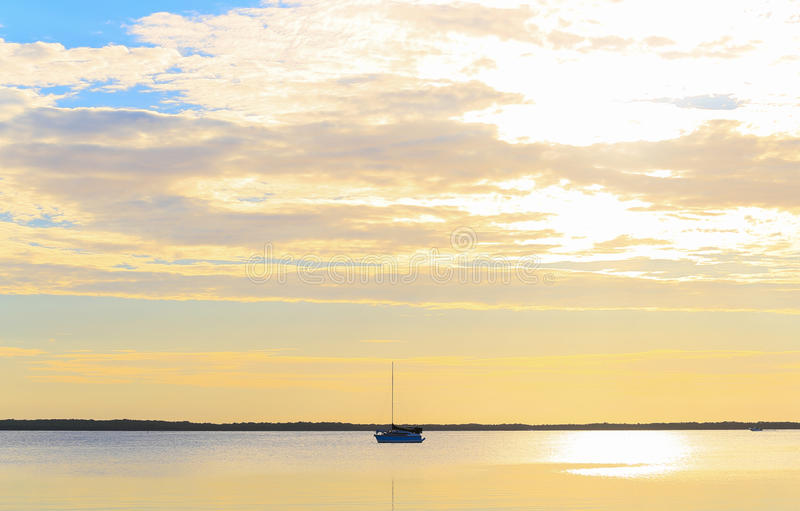 Nyckel- Largo Evening Sky royaltyfria bilder