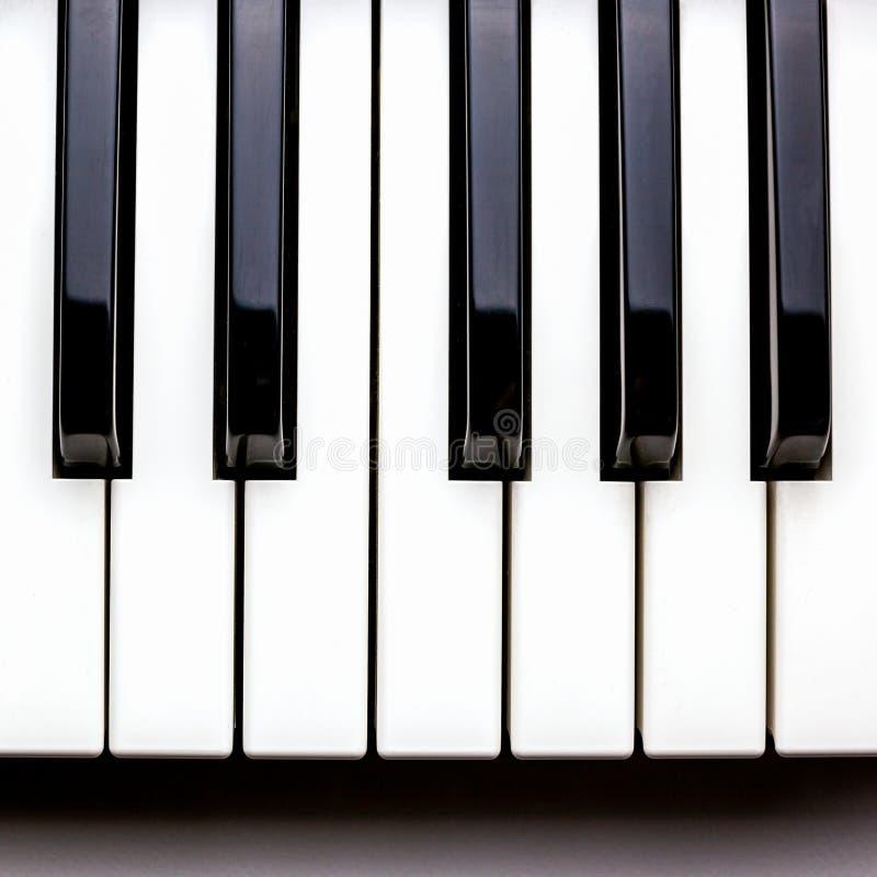 Nyckel- piano royaltyfria foton