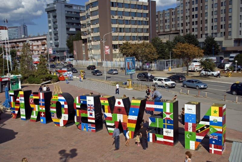 """Nyfödd"" monument, Pristina, Kosovo royaltyfria foton"