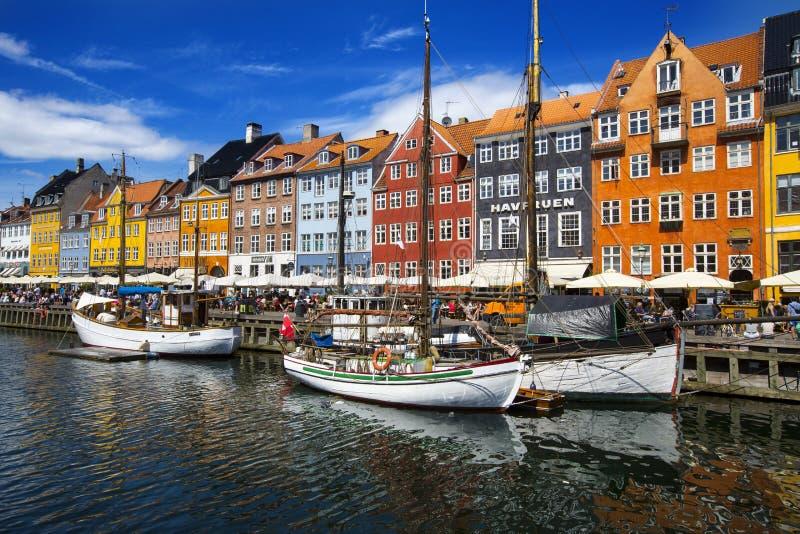 Nyhavn-Bezirk in Kopenhagen dänemark stockfotografie
